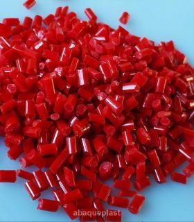Granulés en PS rouge presse à injection